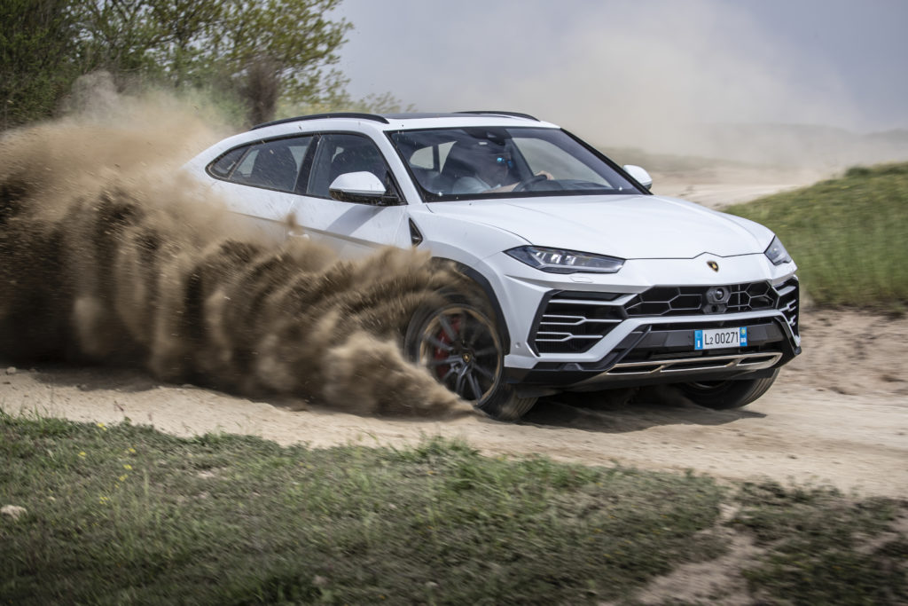 2018 Lamborghini Urus Off Road Test, The Italian Super SUV Goes For A  Mud-Bath! 4