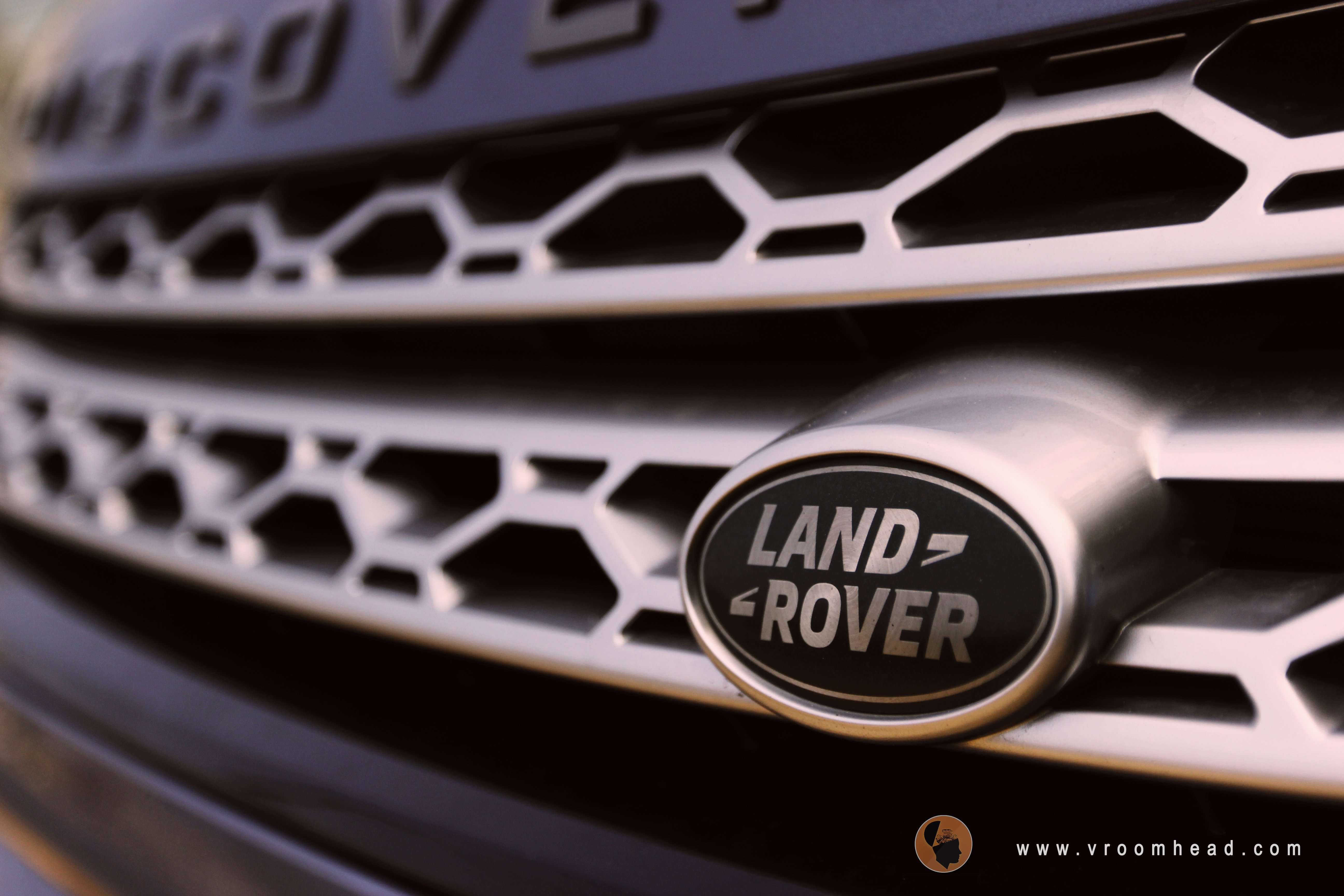 Discovery Sport Land Rover, Discovery sport review , Discovery sport mileage, Discovery sport HSE petrol review, Discovery sport price