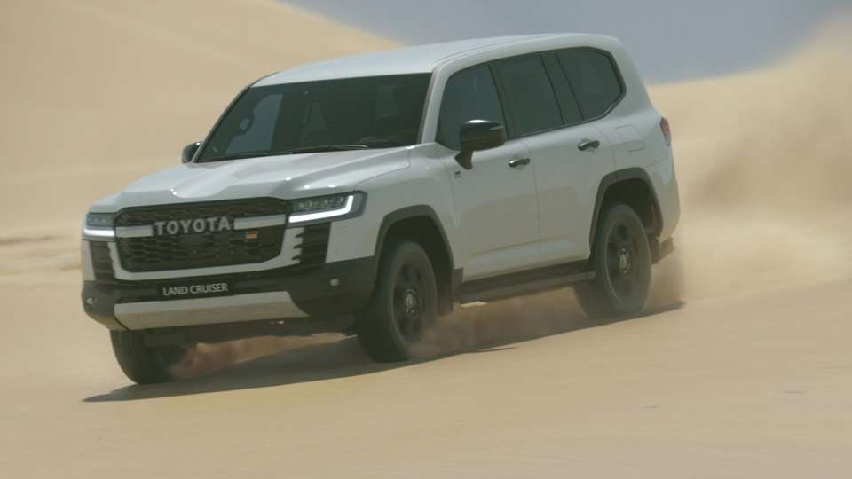 New Toyota Land Cruiser 300 Breaks Cover, Gets A Bunch Of Updates For 2021 6